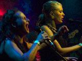 Keri Anderson & Anne Eggleston - Beg, Scream & Shout!